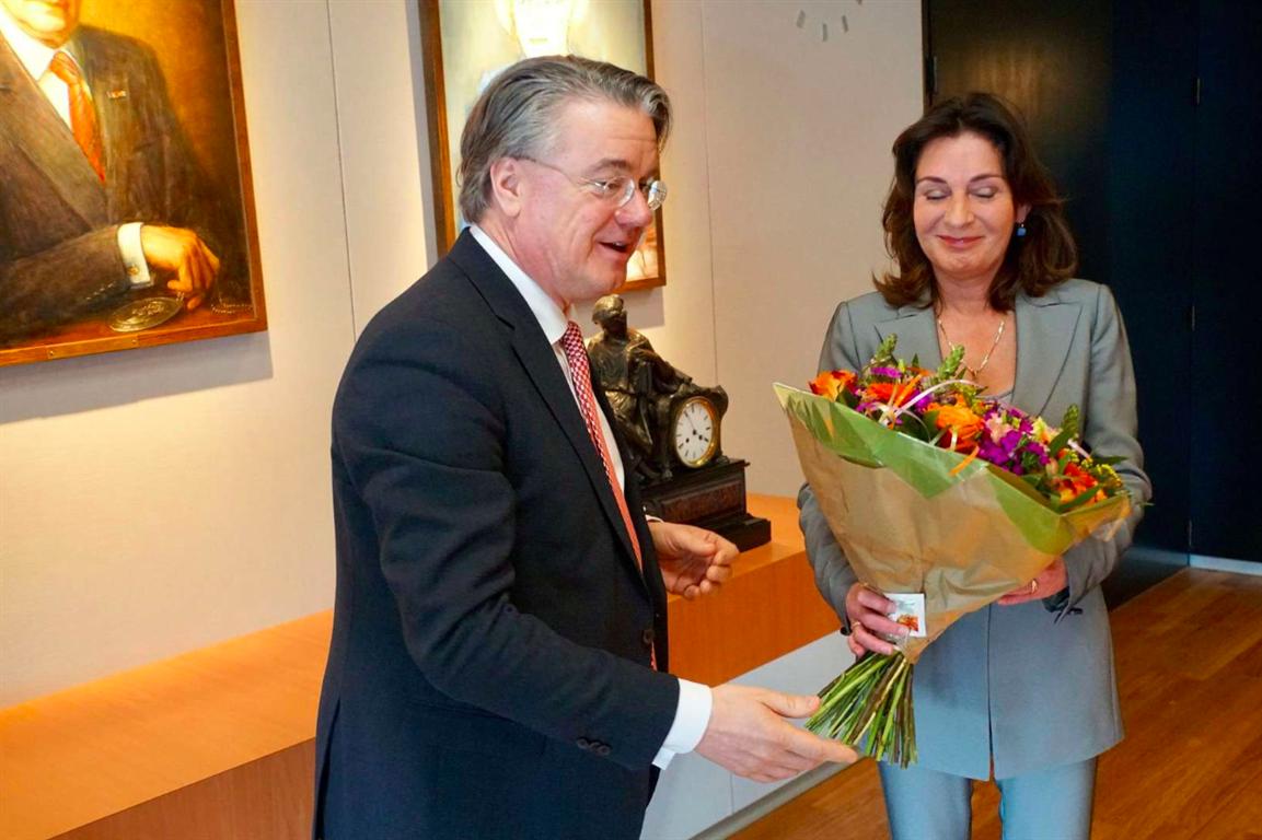 Désirée Schmalschläger als waarnemend burgemeester Geldrop-Mierlo aan de slag